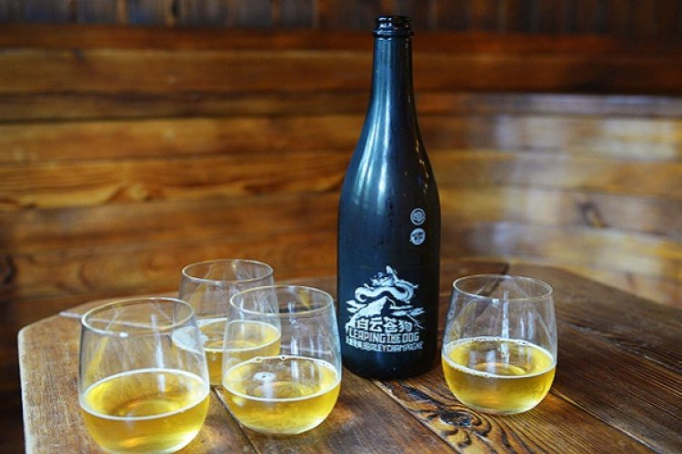 What's Up in Beer: Beer Run, Thundergod and Jade Emperor, Champagne Brunch