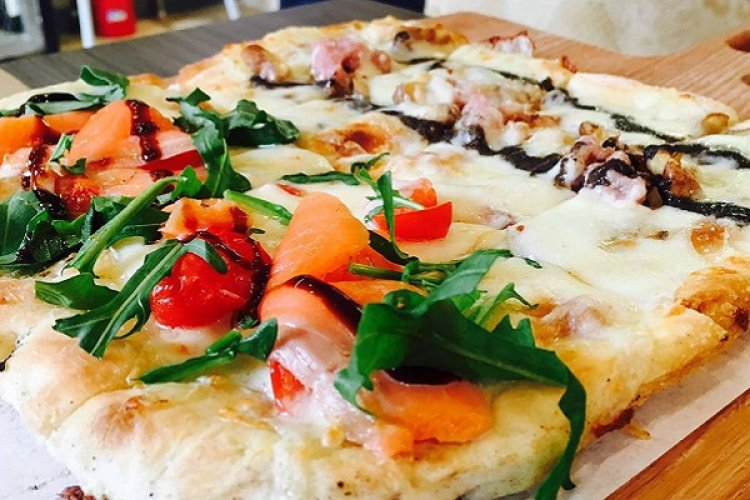 After A New Lick of Paint, Pizza+ Is Now Pizza Saporita, Stays Delicious and Homey