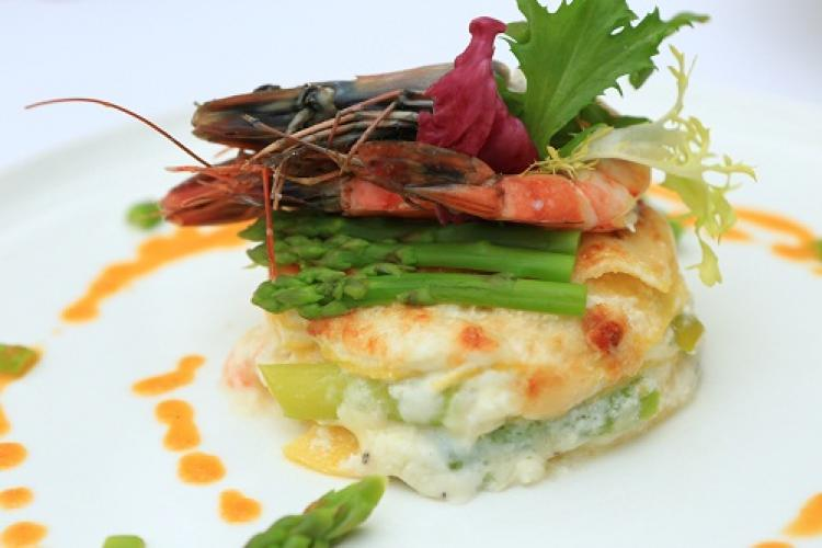 Let's Do Lunch: Asparagus and Shrimp Lasagna