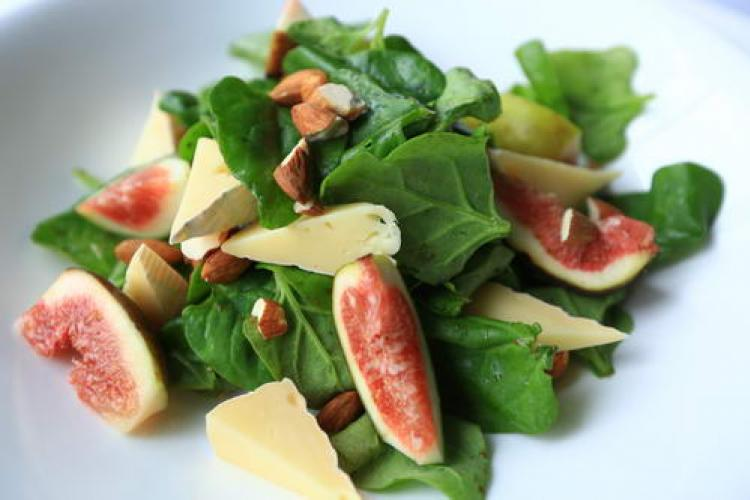 Let's Do Lunch: Baby Spinach Salad with Brie Cheese, Figs and Toasted Almonds