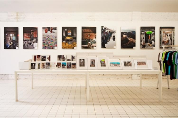 Striking Snapshots: PMT Art Shop Now Open in 798