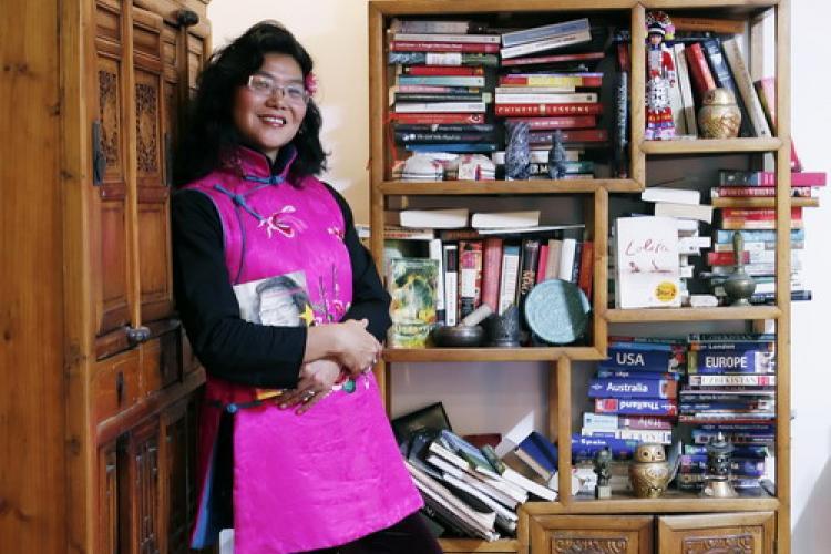 Beijing Bookshelves: Zhang Lijia, author