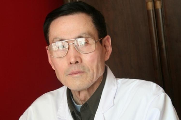 Meridian Matters: Traditional Chinese Medicine with Ji Xiaoping