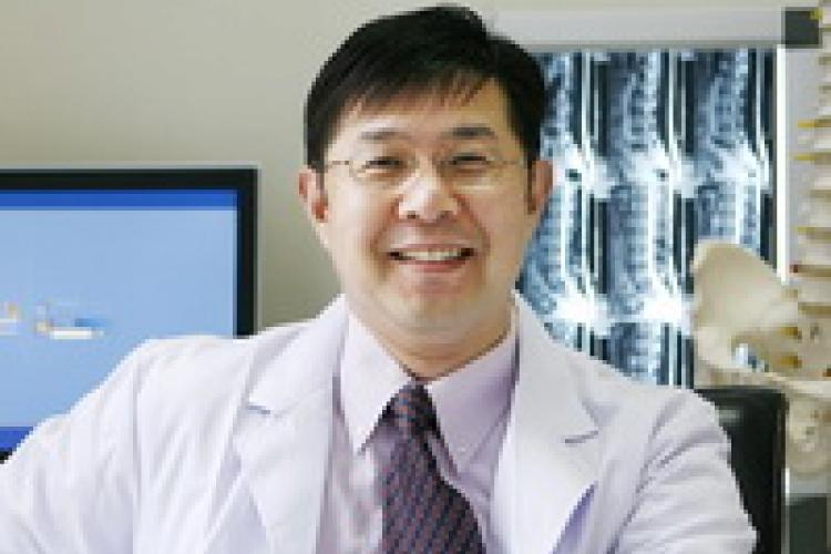 Eastern Medicine Meets Western Technology: Doctor David Zhang