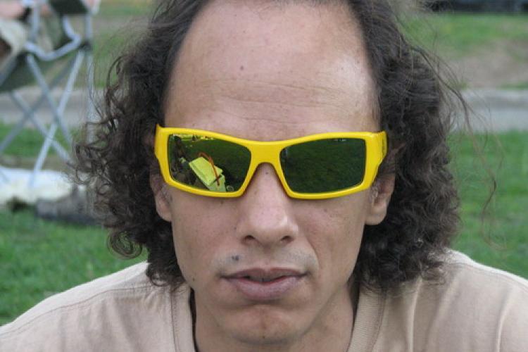 Media Players: Eric de Fontenay, MusicDish