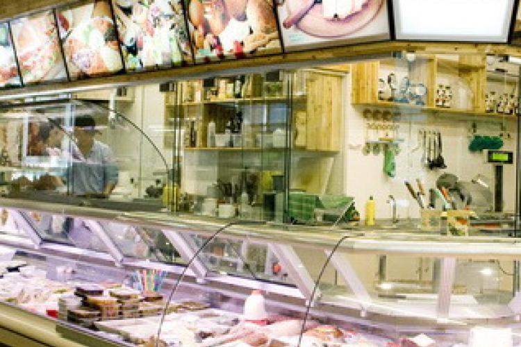 Deli Delight: Cold Cuts & Cheese to Please