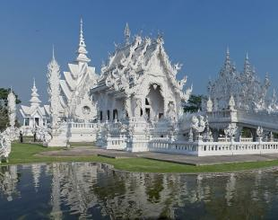 Thai Temple to Set Up Separate Toilets for Allegedly Unhygenic Chinese Tour Groups