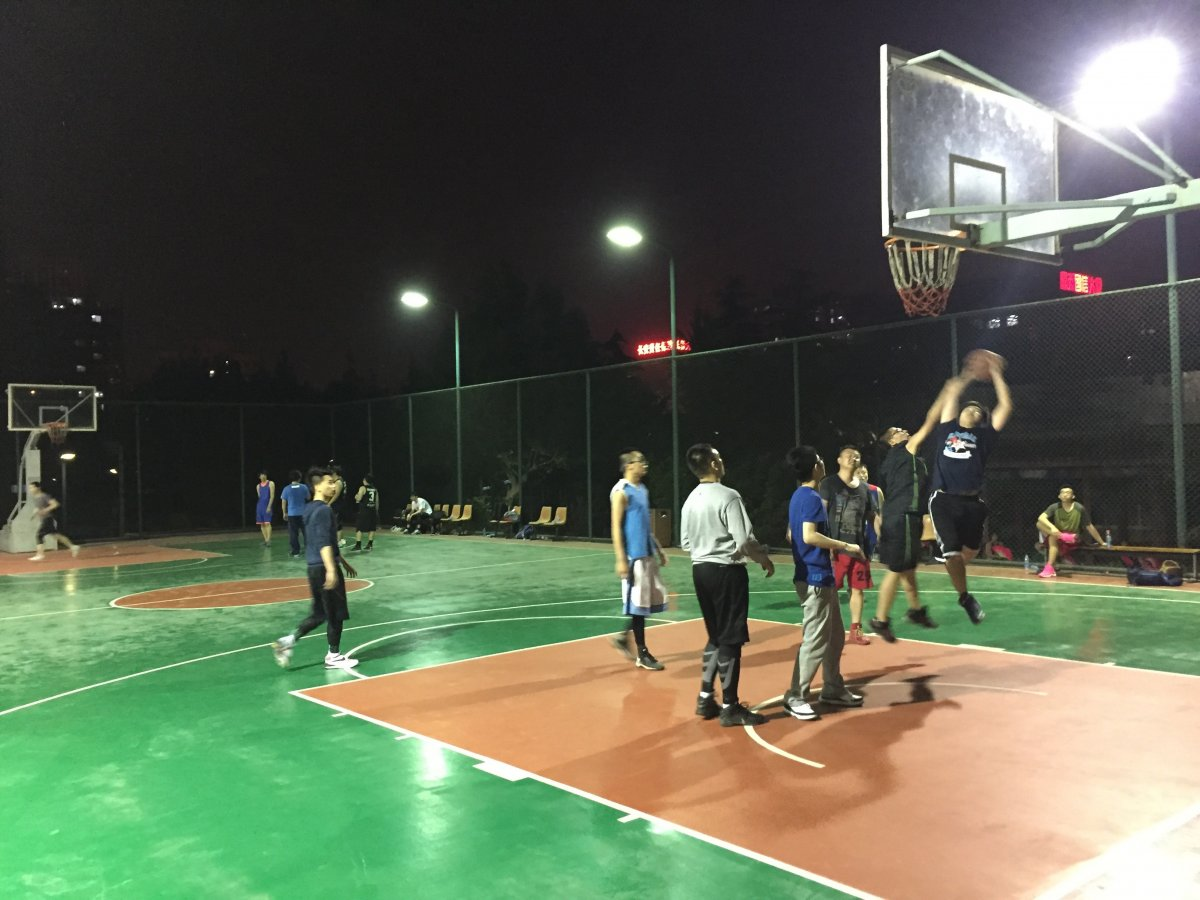 Beijing S 6 Best Indoor And Outdoor Courts For Pick Up Basketball The Beijinger