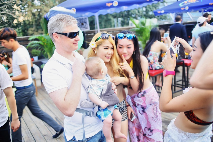 Good Morning Beijing August 22, 2014: AQI 89; the Beijinger Burger Cup Launch Party; How to Get to the Beijinger Burger Cup Launch Party; Looking for Friends or More