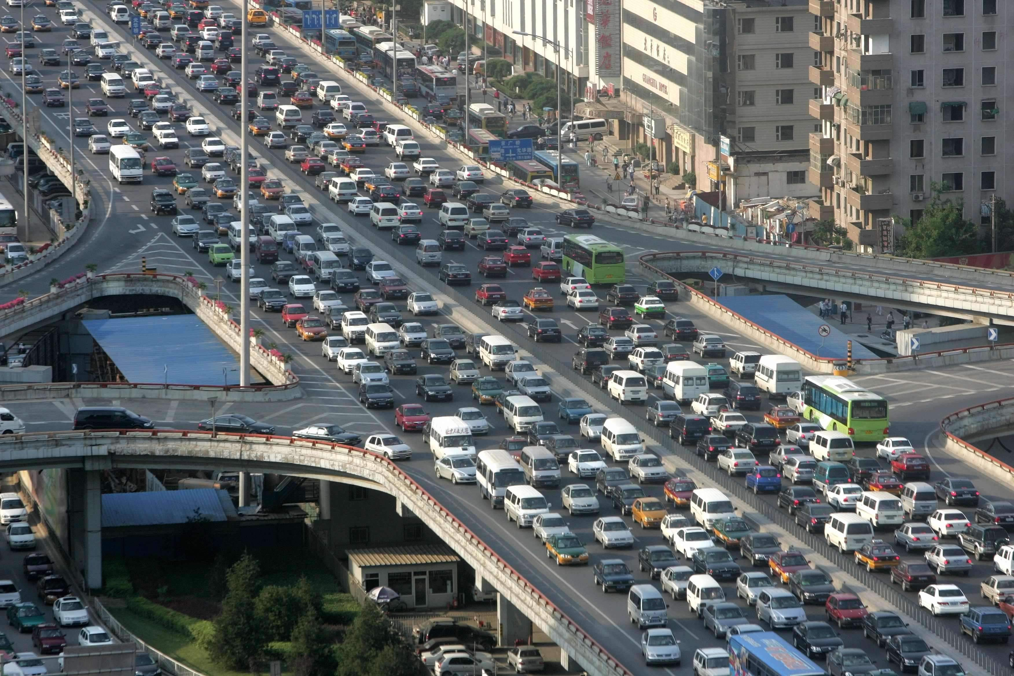 City Driving: Beijing City Government Says September Still the Worst Month for Traffic