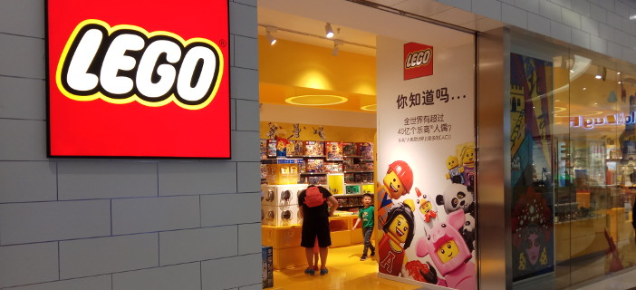 vayparhyiver.cf: Known as the world's largest LEGO shop, this is the surest place to find all currently available LEGO sets and exclusives. Shopping at the official online LEGO shop is also one of the best ways to support your favorite toy company.