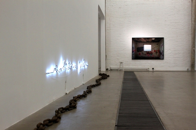 State of the Arts: Ozzola?s Study of Light and the Invisible at Galleria Continua