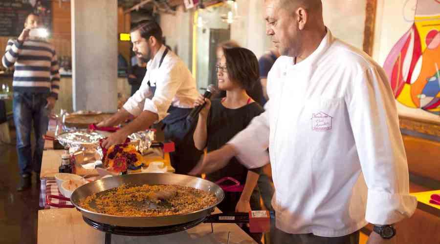 EAT: BMK Pulls Out of New Gastropub, Fideua Back at Migas