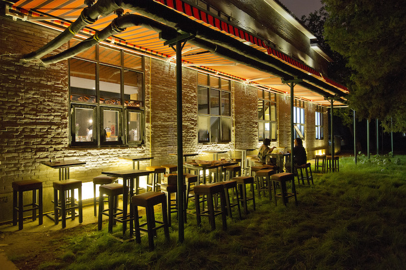 The Granary Livehouse and Restaurant Breaks New Ground in Far-Flung Shuangqiao