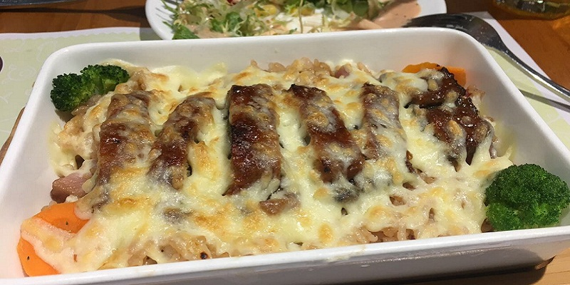 R Street Eats: Avoid Artato's Baked Rice, Unless You Can Be A Naïve Teenager Again