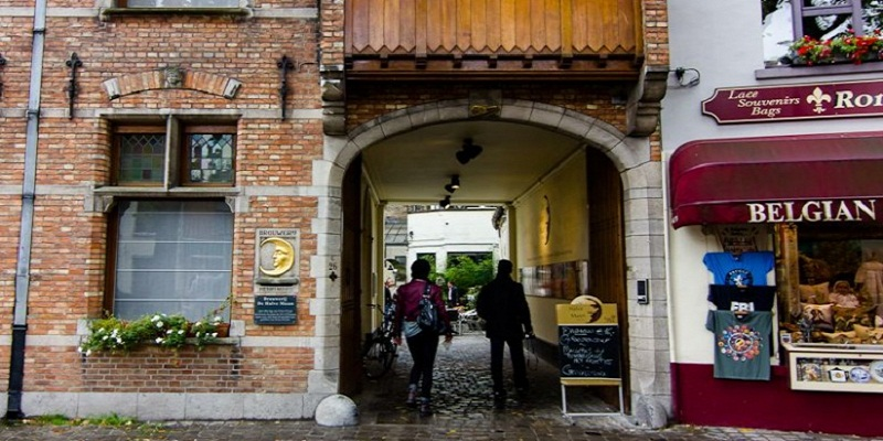 Fulfilled Beerlover's Wildest Dream, 161-Year-Old Belgian Halve Maan Brewery Brings Craft Beer to Beijing