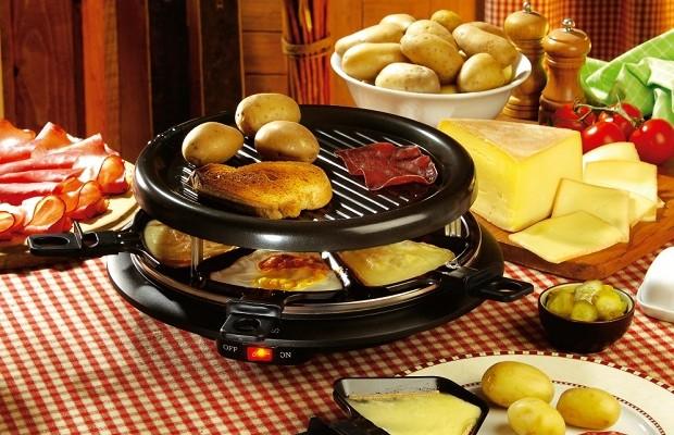 Free Flow Raclette Cheese at Café de La Poste | the Beijinger | {Raclette 3}