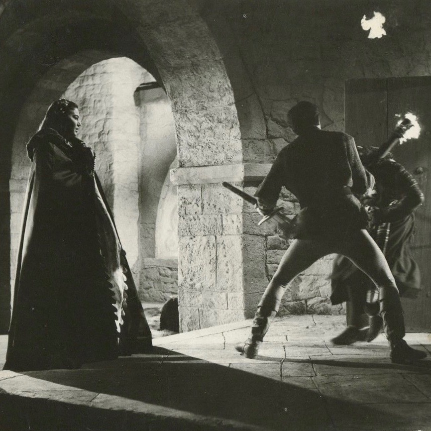 Classic movie tuesday knights of the round table 1953 for 12 knights of the round table