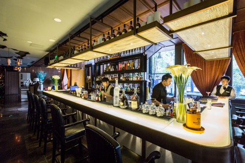 Melo Lounge Lido Acquires Low Key Cocktail Spot The